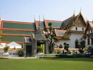 Bâtiments du Phra Maha Monthien