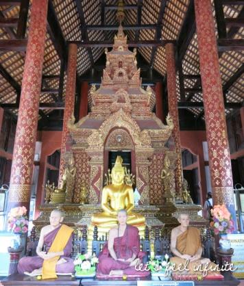 Wat Phra Singh - Intérieur du bot