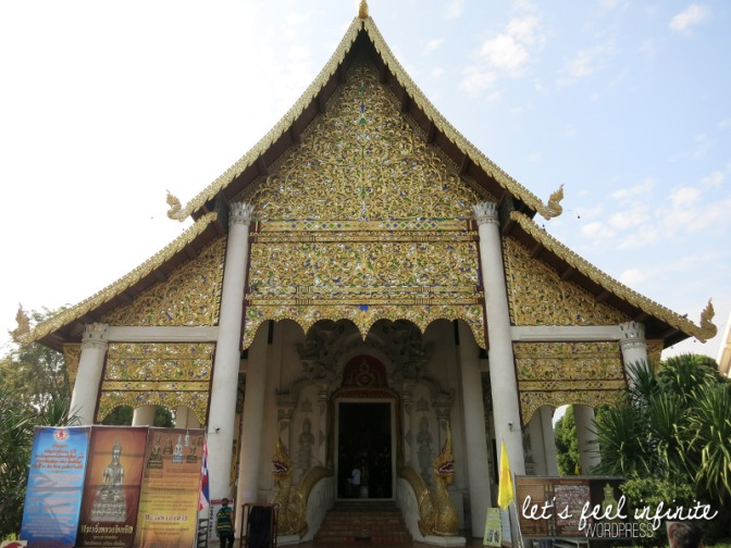 Wat Chedi Luang - Façade