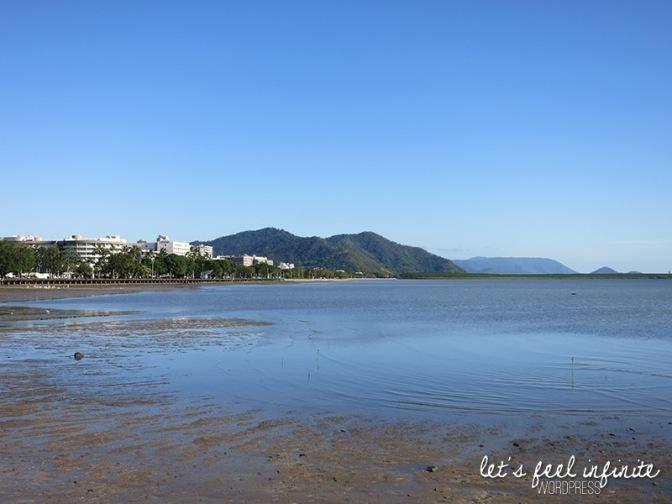 Cairns' beach - vue de la plage