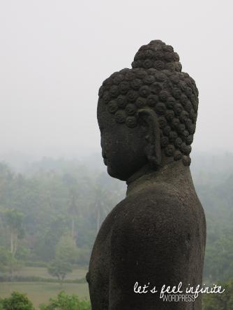 Borobudur - Buddha