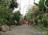 Guning Kawi - Streets