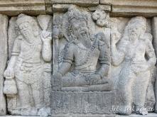 Prambanan - Bas reliefs