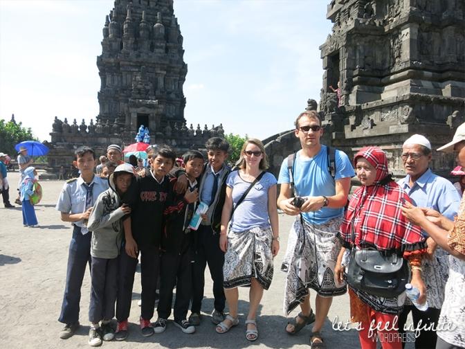 Prambanan - Photos avec les touristes