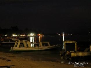 Bateaux du port de Gili Air la nuit.