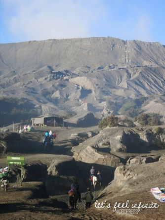Montée jusqu'au cratère du Mont Bromo