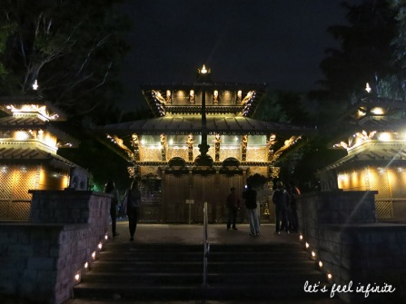 Brisbane - Southbank by night, Nepal Peace Pagoda