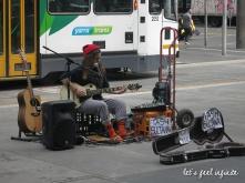 Melbourne CBD - Street artist Tash Sultana