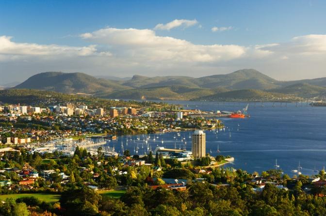 Hobart, Australia © Corbis